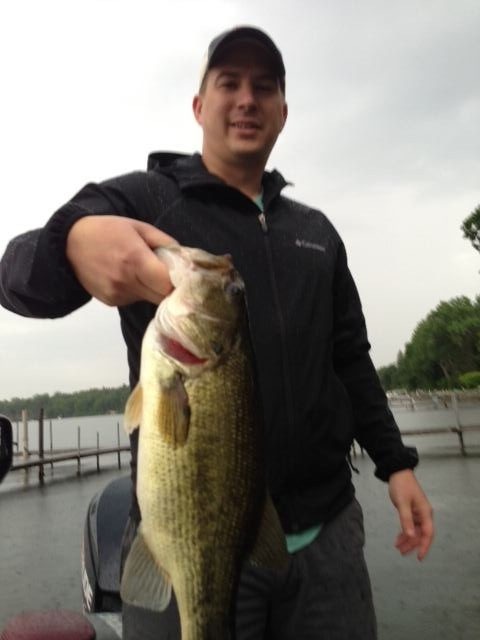 Lake Minnetonka Bass fishing with Justin