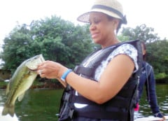 Lake-Minnetonka-Fishing-Bass-Tina
