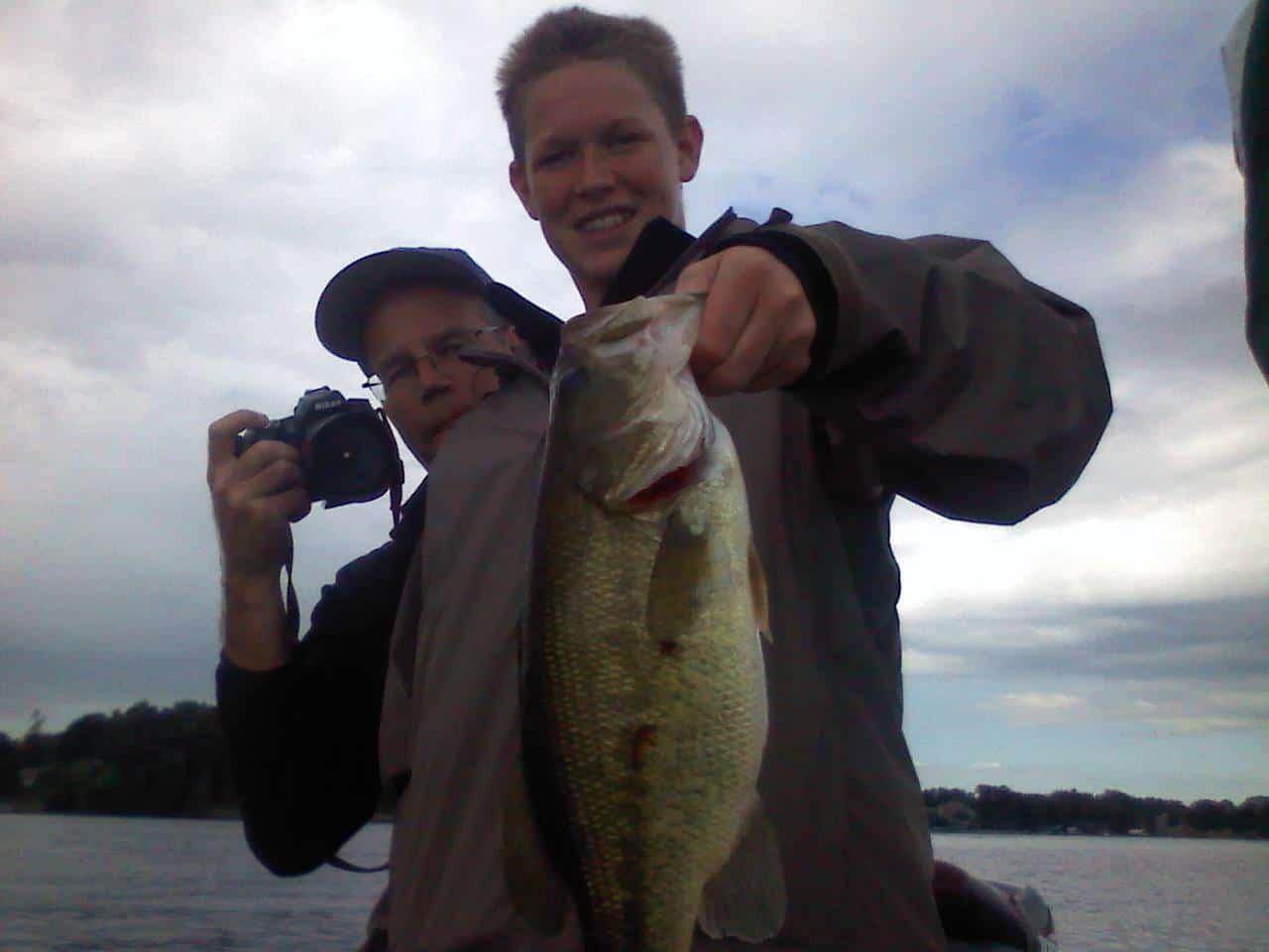 Lake Minnetonka Fishing Guide 81311