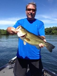 Lake Minnetonka Fishing Guides nice Bass